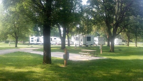 Botna Bend RV Camping -No Image