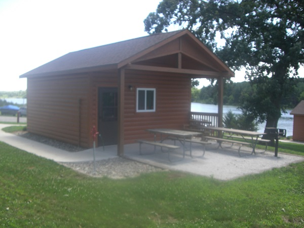 cabin 10 front