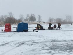 Rudd Ice Fishing Frenzy