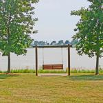 Swinging bench at Little Wall Lake
